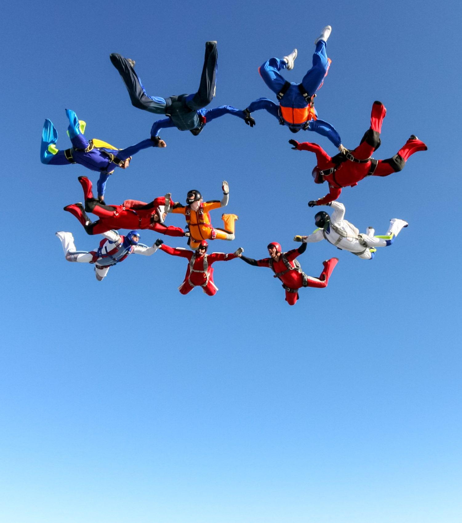 Skydiver als Team